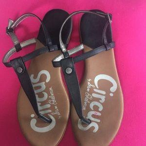 Super cute Sam Edelman Circus sandals!